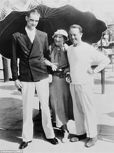 Stunning photos of stars Humphrey Bogart, Audrey Hepburn ...