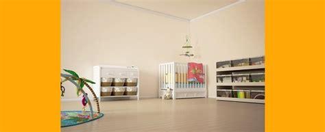 préparer la chambre de bébé chambre bébé quand la préparer idées de décoration et de