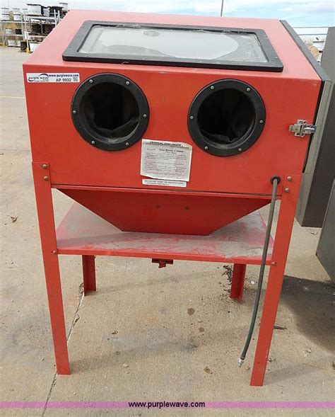 central pneumatic steel sand blaster cabinet no reserve