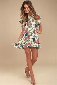 Tavik Size Chart Tavik Layne Dress Beige Floral Print Dress Shift Dress