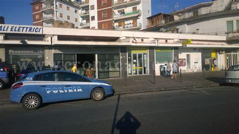 Ufficio Postale Pozzuoli Pozzuoli Assalto All Ufficio Postale Rapinatori Prendono