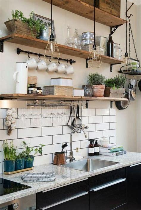 comment bien ranger une cuisine le rangement mural comment organiser bien la cuisine