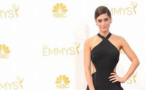 Lizzy Caplan on Mastering Sex, Being Taken Seriously and ...