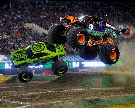 monster truck jam monster jam golden1center