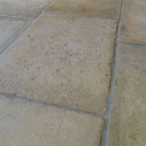 Reclaimed Barr de Montpellier French stone flooring