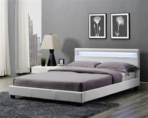 tete de lit lumineuse pour  eclairage doux  poetique