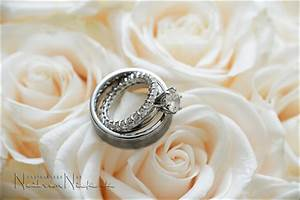 wedding photography macro photography details With best macro lens for wedding rings