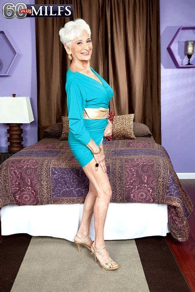 British Milf Julie Lowers Her Panties At Mature Sex Pictures
