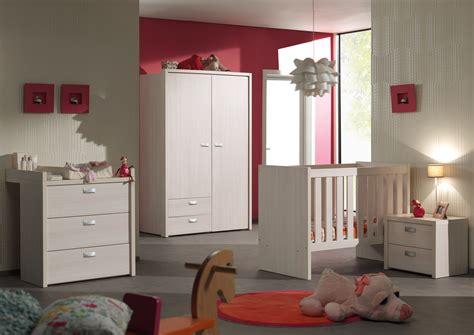 chambre a coucher complete pas cher chambre bébé complète contemporaine coloris bouleau clair
