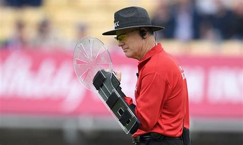 arm umpire  sri lanka england  day international wears unusual