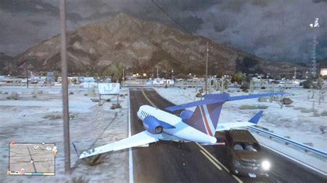 Train Vs Plane Crash And Explosion! Gta V (5)