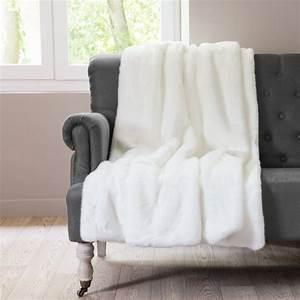 Plaid Fourrure Blanc : plaid en fausse fourrure blanc 125 x 150 cm arctique ~ Nature-et-papiers.com Idées de Décoration