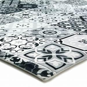 Tapis Cuisine Carreaux De Ciment : tapis carreaux de ciments noir 40x60cm toodoo tapis ~ Dailycaller-alerts.com Idées de Décoration