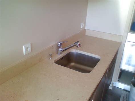 granit pour cuisine pour plan de travail cuisine plan de travail maple