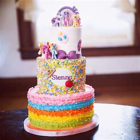 atlaughlovecakes   awesome birthday cake