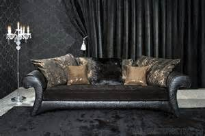 mebelplast sofa ekstrawagancka sofa łącząca na podłokietnikach i korpusie tłoczoną skórę