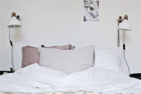 applique murale chambre adulte ladaire de chambre chambre de bb un clairage bien tudi