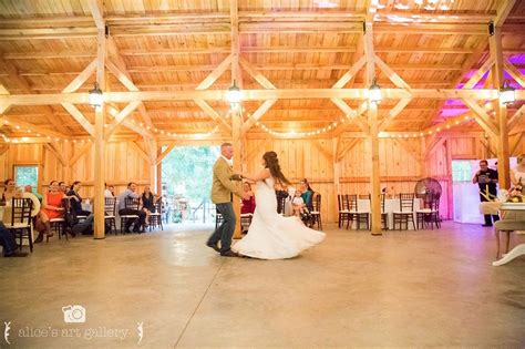 bridle oaks barn central florida rustic wedding venue