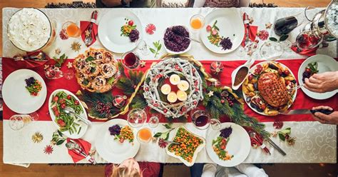 When it comes to christmas dinner we've all got our favourites, and according to a recent survey traditional christmas pudding came in 9th on the list, beating yorkshire pudding! Nontraditional Christmas Dinner Ideas : 19 Best Non ...