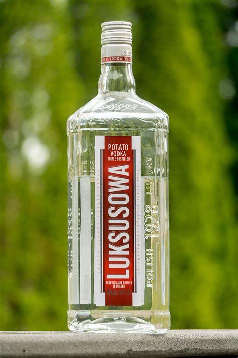 luksusowa vodka wikipedia