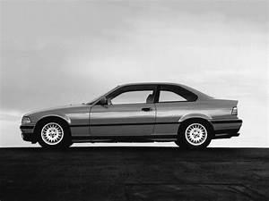 Bmw E36 325i : bmw 3 series coupe e36 1992 1993 1994 1995 1996 1997 1998 autoevolution ~ Maxctalentgroup.com Avis de Voitures