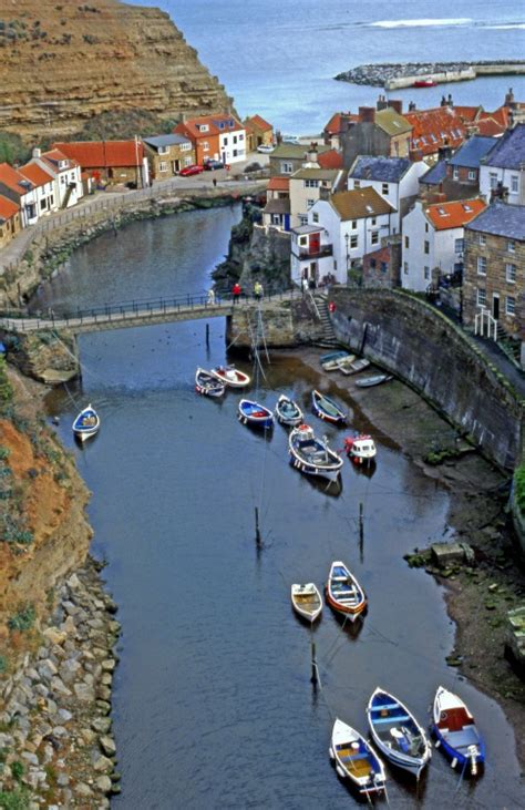 holiday cottage  staithes yorkshire coast