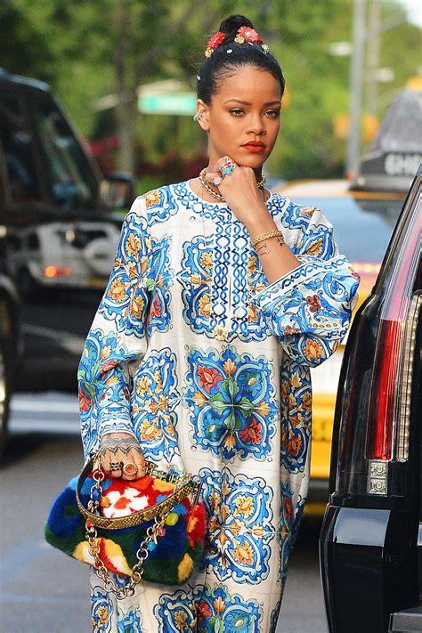 Rihanna Heads Out in NYC in Dolce&Gabbana   Tom   Lorenzo