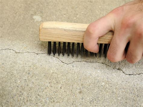 How to Fill Small Cracks in Concrete   For Dummies