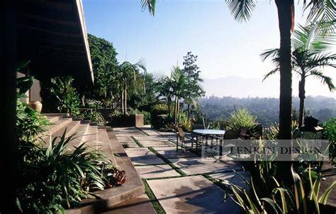 mid century modern patio modern landscape los