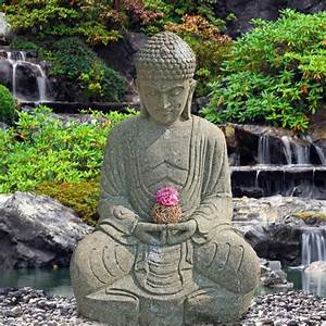 kunstvoller sitzender buddha aus stein teratei With französischer balkon mit buddha statuen für den garten