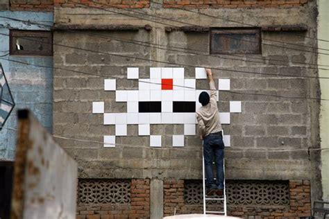 space invader foundations  digital image