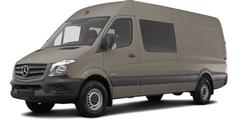 """There are two wheelbase lengths (144 inches and 170 inches) and two roof heights (67.7 and the 3500 xd has a total payload of 5,684 pounds, while towing the same amount as the regular 3500. 2019 Mercedes-Benz Sprinter Crew Van 3500XD High Roof 170"""" 4WD 