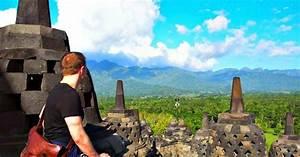 TOOTH GERM: Temple Trekking in Java