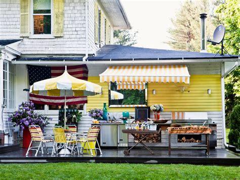Design Tips Outdoor Entertaining by Top 15 Outdoor Entertaining Tips And Ideas Hgtv