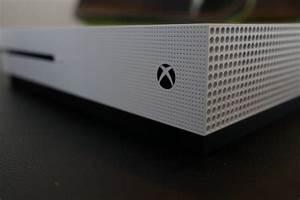 Nouveauté Xbox One : prise en main de la xbox one s elle semble que comme une ~ Carolinahurricanesstore.com Idées de Décoration