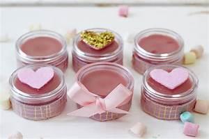 Lippenbalsam Selber Machen : diy lippenbalsam aus sheabutter selber machen tolle geschenkidee rezepte diy lippenbalsam ~ Eleganceandgraceweddings.com Haus und Dekorationen