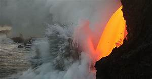 Streaming Lava  Collapsing Cliffs And A Hawaii Volcano U2019s