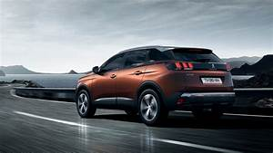 Video Peugeot 3008 : peugeot 3008 new car showroom suv 2017 european car of the year ~ Maxctalentgroup.com Avis de Voitures