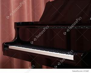 Musical Instruments: Grand Piano Keyboard On The Concert ...