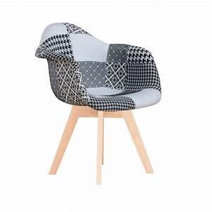 Fauteuil Scandinave Patchwork : fauteuil en tissu patchwork noir et blanc et pieds en h tre 83x54x48cm finish ~ Teatrodelosmanantiales.com Idées de Décoration