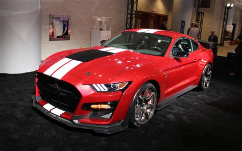 canadian premiere    ford shelby gt  toronto