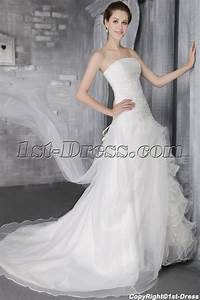 wedding dress styles for short fat brides wedding dress With wedding dresses for thick brides