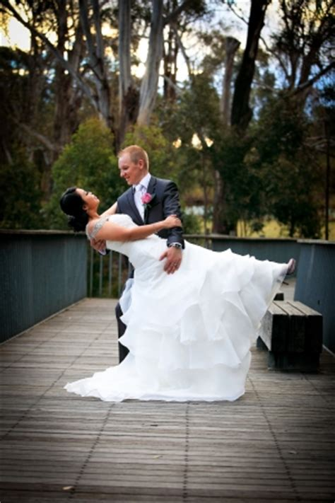 12193 professional wedding photography poses the dip great wedding photography posing tips academy