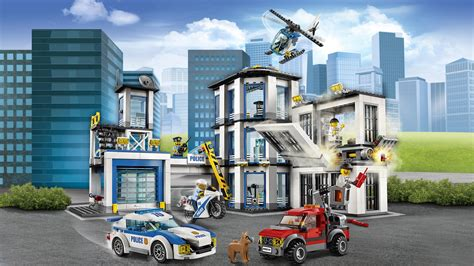 Lego City Police Station 60141 Cool Toy For