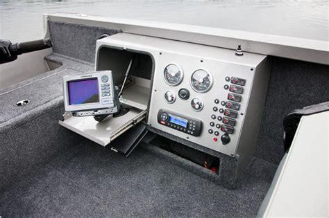 Crestliner Jon Boats Reviews by Crestliner 1750 Pro Tiller Back To The Future Boats