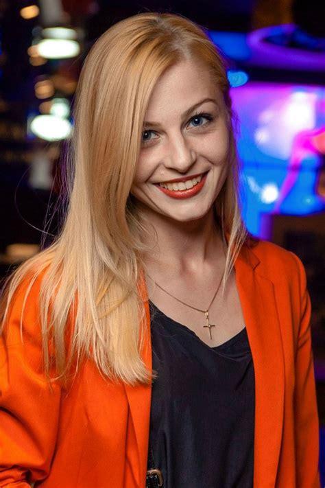 Ksenia - Free Pics & Profiles of Beautiful Ukrainian Women