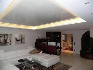 Bilder Modern Wohnzimmer : moderne deckenverkleidung 36 einmalige beispiele ~ Orissabook.com Haus und Dekorationen