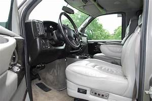 2006 Chevrolet Express - Pictures