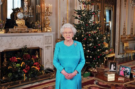 which british monache introduced the christmas tree to uk tv 61 of brits admit to dual screening with 77 of brits influenced by trends they