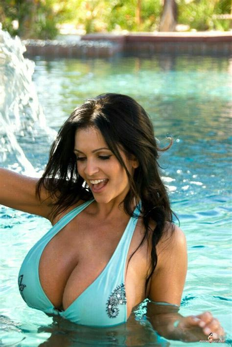 denise milani boobs water rachel models bikini babes exposing pool tits busty barrymore drew eyebrows miley cyrus hotsexygirls